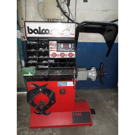 equilibreuse pneu bacco. Black Bedroom Furniture Sets. Home Design Ideas